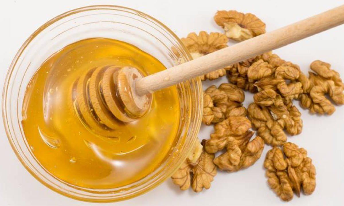 Miele e noci per la tiroide: ecco il rimedio naturale che vi aiuterà