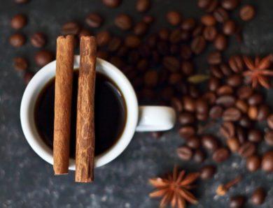 La bevanda per avere l'addome sgonfio e piatto